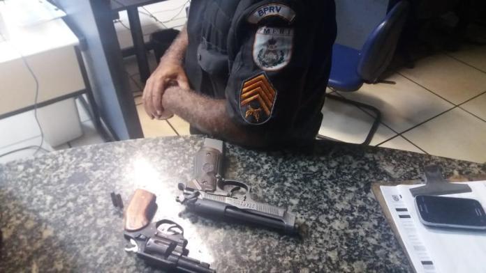 Segundo a PM, houve tentativa de fuga, mas o suspeito teria confessado o crime após ser alcançado. Foto: PM/Divulgação
