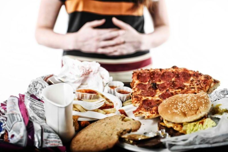 compulsão alimentar 1024x683 - Compulsão alimentar: saiba tudo sobre essa doença