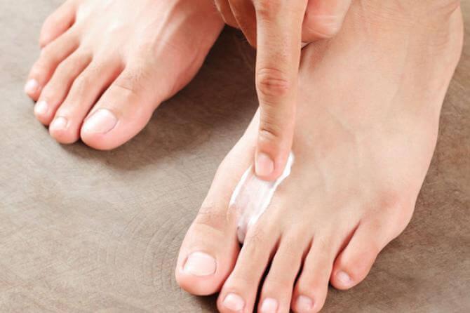 PÉS MACIOS 2 - Como deixar os pés macios em 6 passos! Saiba mais.