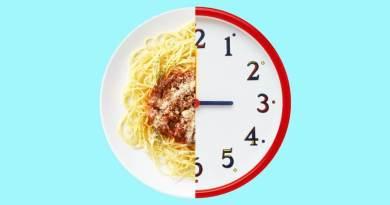 1 3 - Comer carboidratos à noite engorda? É mito ou verdade?