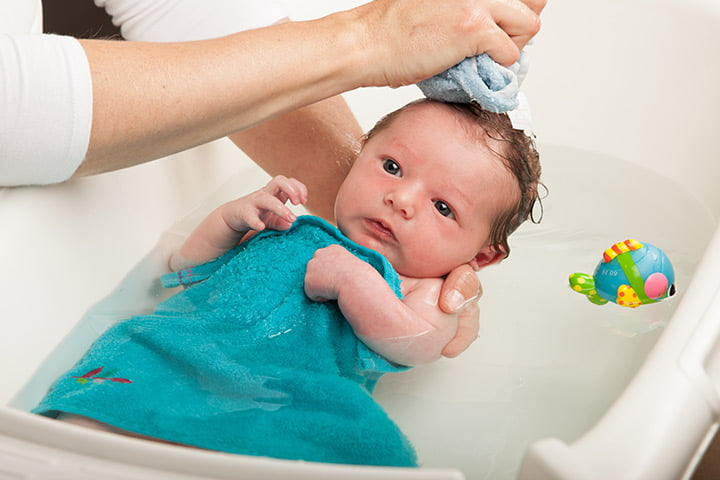 3 12 - Como dar banho em bebês de forma segura? Veja dicas!