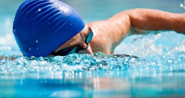 4 4 - Perder peso com natação: é possível? Veja os benefícios desse esporte.