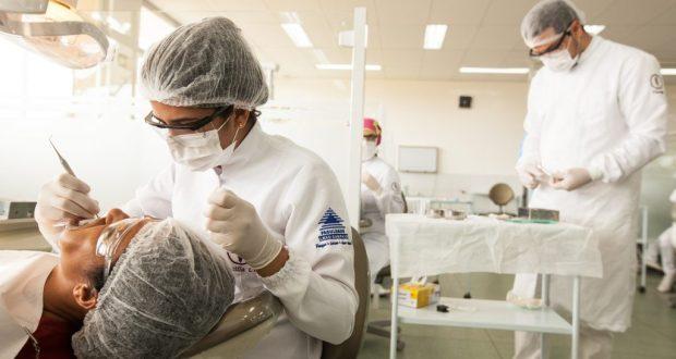Clínicas-escolas ajudam caririenses que precisam de serviços de saúde