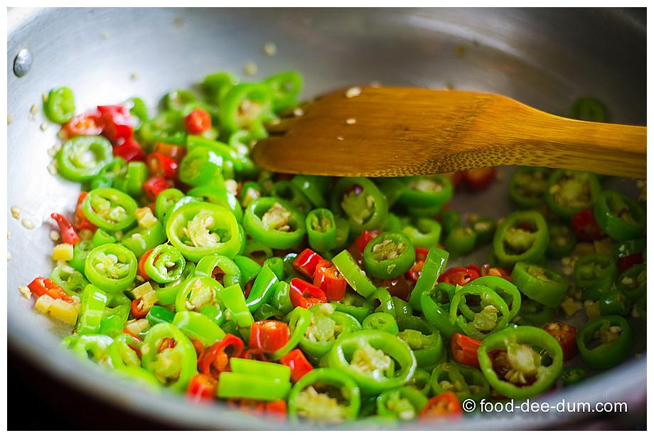 Food-Dee-Dum-Mulaga-Pachadi-7