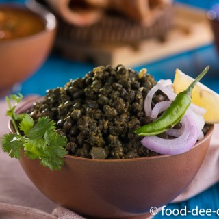 Sookhi Moong Palak Dal / Whole Green Gram with Spinach