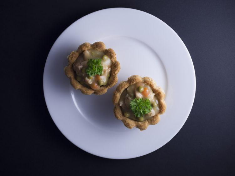 Tarteletter med hvide asparges - Foodfan