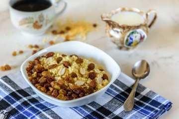 Couscous med rosiner og appelsin