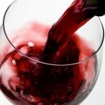 7 причин выпить бокал вина