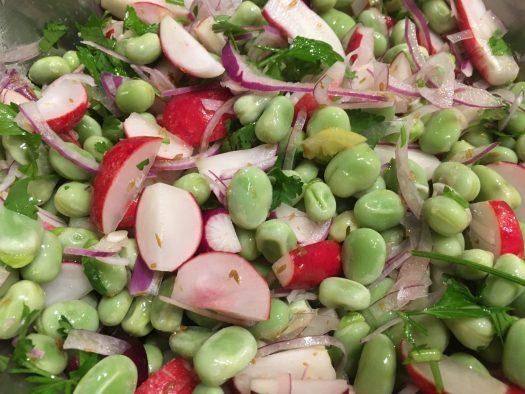 Radish and beans salad