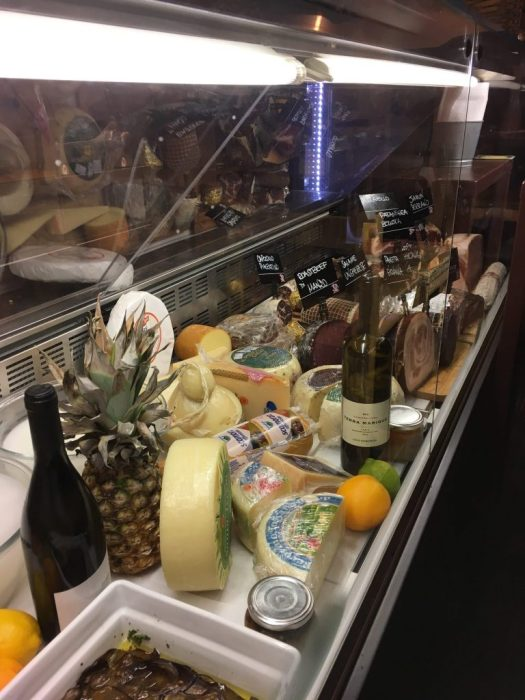 Meats and cheeses on the fridge of the baguetteria del Fico