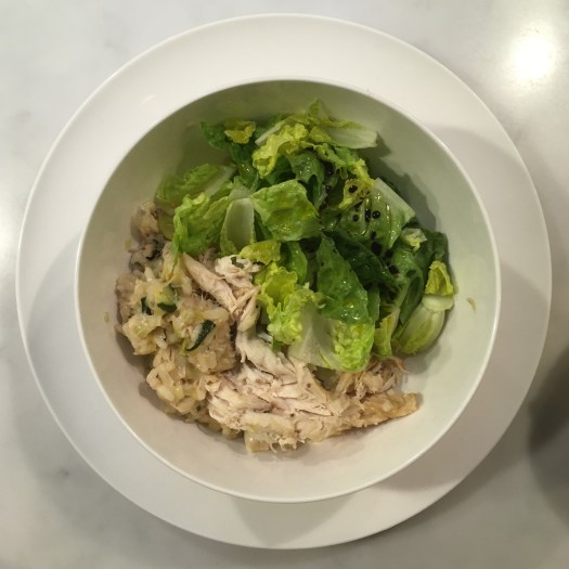 Salad with risotto and chicken
