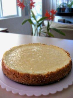 New York Style Sour Cream Cheesecake