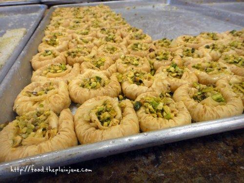nest-pistachio-baklava