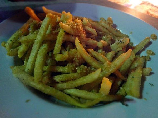 gilroy-garlic-fries