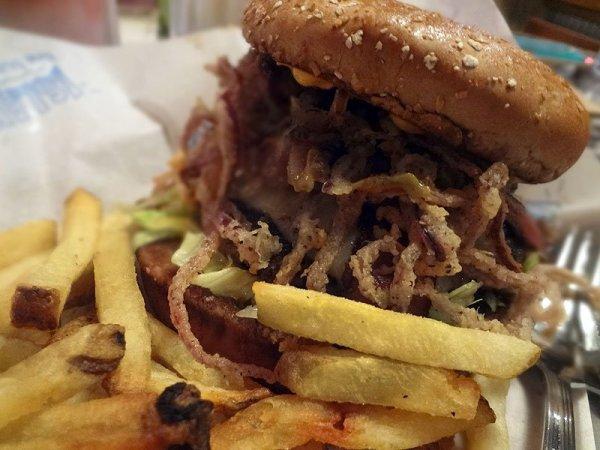 kilauea-burger-islands