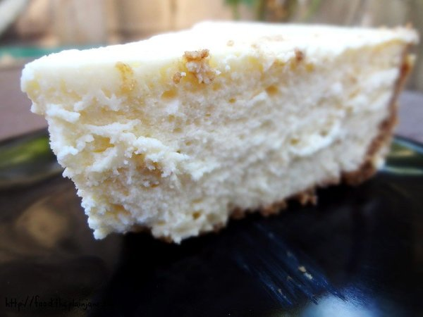 insanely-creamy-smooth-cheesecake