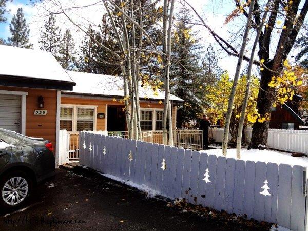 big-bear-house-fence