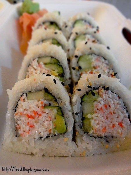 california-sushi-roll-tastea-grill