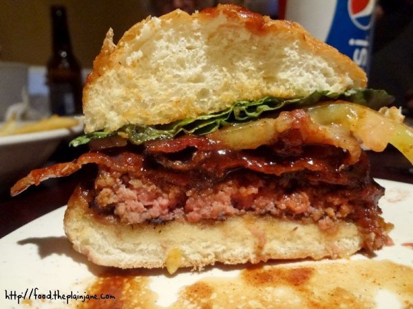 texas-burger-cross-section