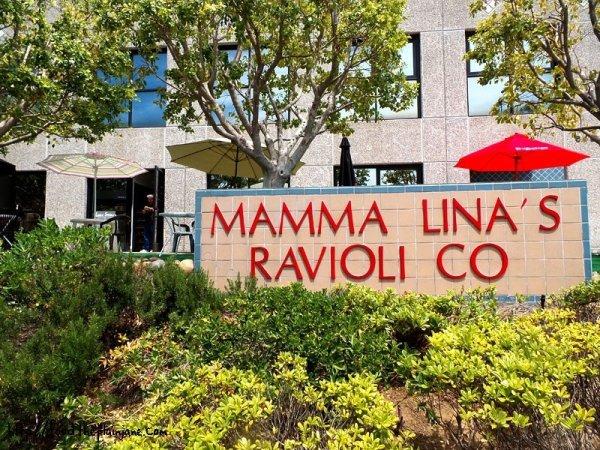 mamma lina's business sign
