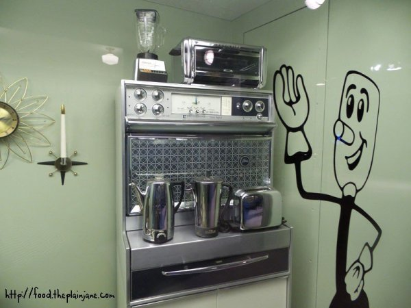 sixties-stove-kitchen