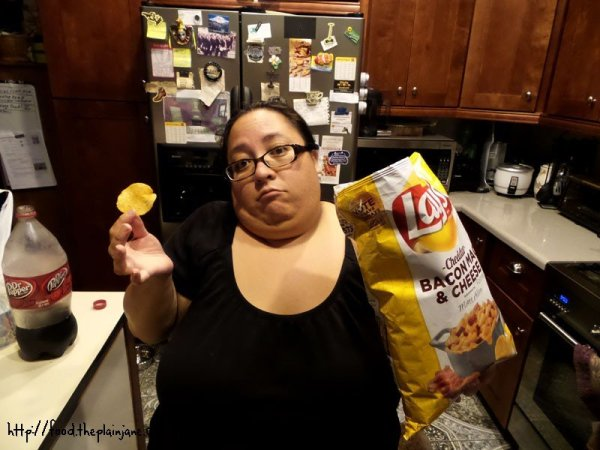 mary-cheddar-bacon-macaroni-cheese-lays-chips
