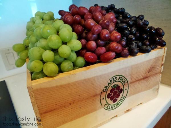 California Grapes box