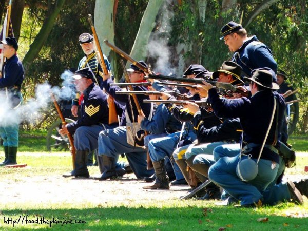 union-soliders-rifles-civil-war-huntington-beach