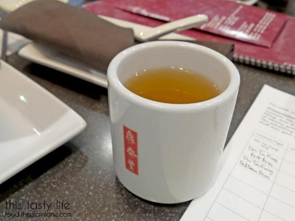 din-tai-fung-free-hot-tea