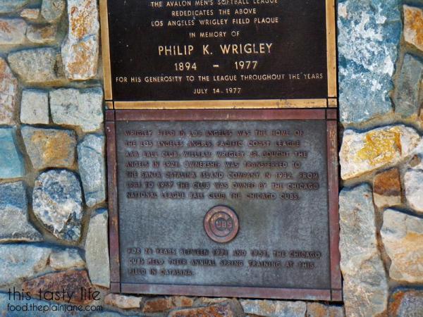 wrigley-plaque-closeup