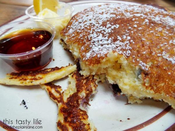 blueberry-cornmeal-pancakes