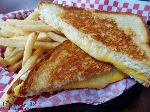 centennial-grilled-cheese-tillamook