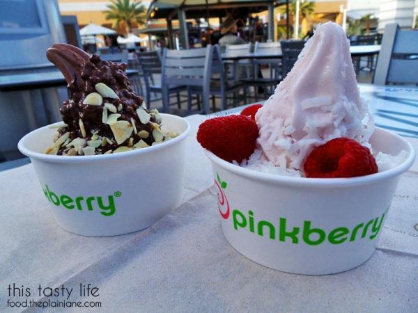 Frozen Yogurt treats at Pinkberry in San Diego, CA