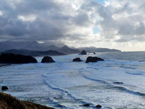 rocks-near-cannon-beach-goonies