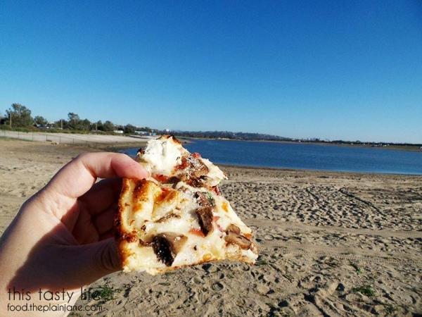beach-pizza