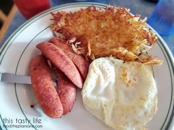 Hot Louisiana Smoked Sausage & Eggs - Izzy's Cafe in El Cajon | This Tasty Life