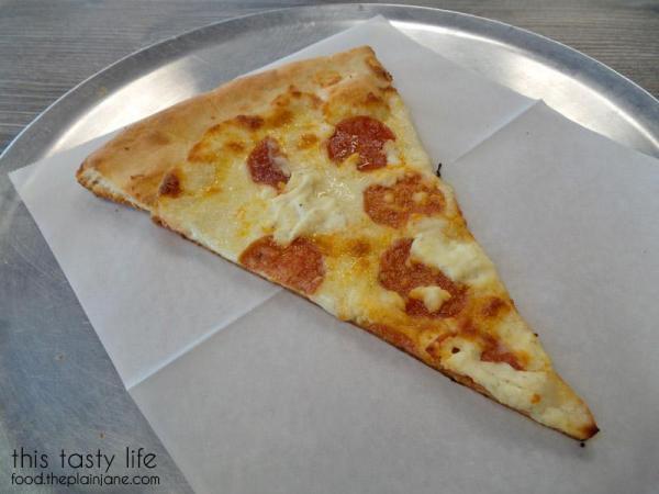 long-island-mikes-pepperoni-ricotta-slice