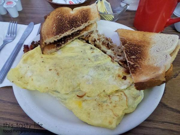 meat-lovers-omelet