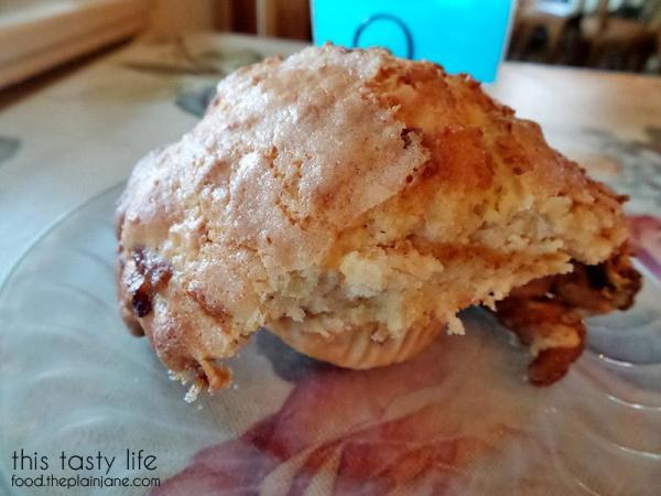 coconut-mango-muffin