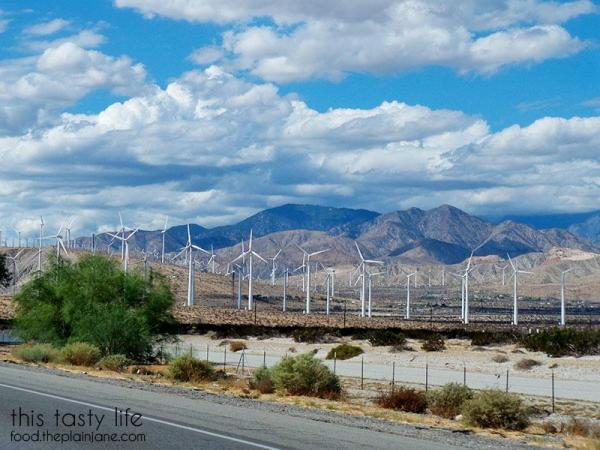 palm-springs-windmills