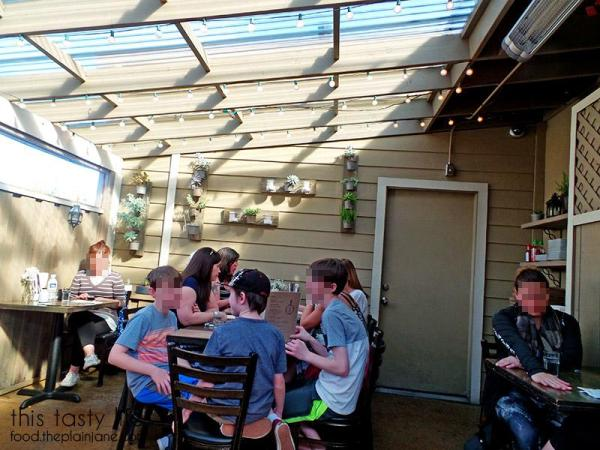 Back Patio at Jake & Eggs | San Diego - Ocean Beach