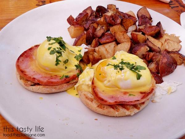 Eggs Benedict at Fig Tree Cafe   Pacific Beach - San Diego, CA