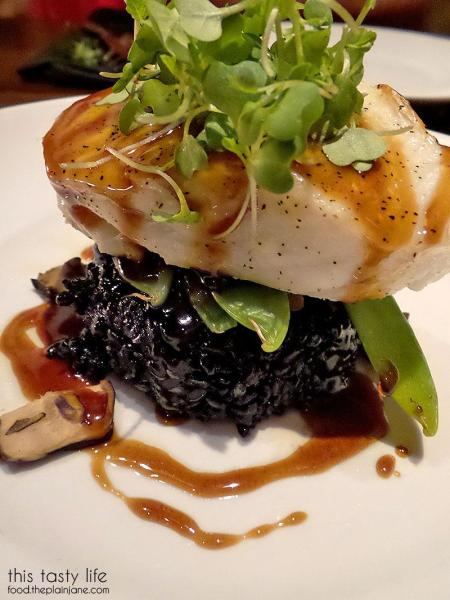 glazed-chilean-sea-bass-seasons52