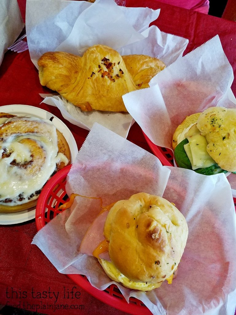 Breakfast at Bear Buns Bakery | Serra Mesa, San Diego, CA