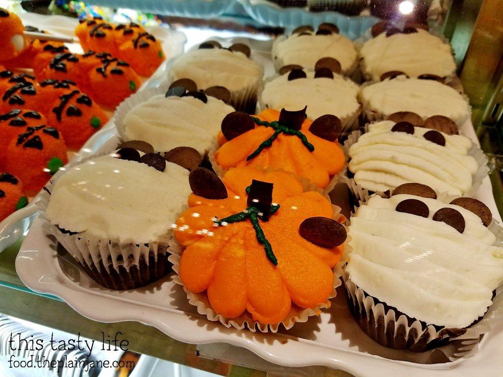 cupcakes-candy-palace