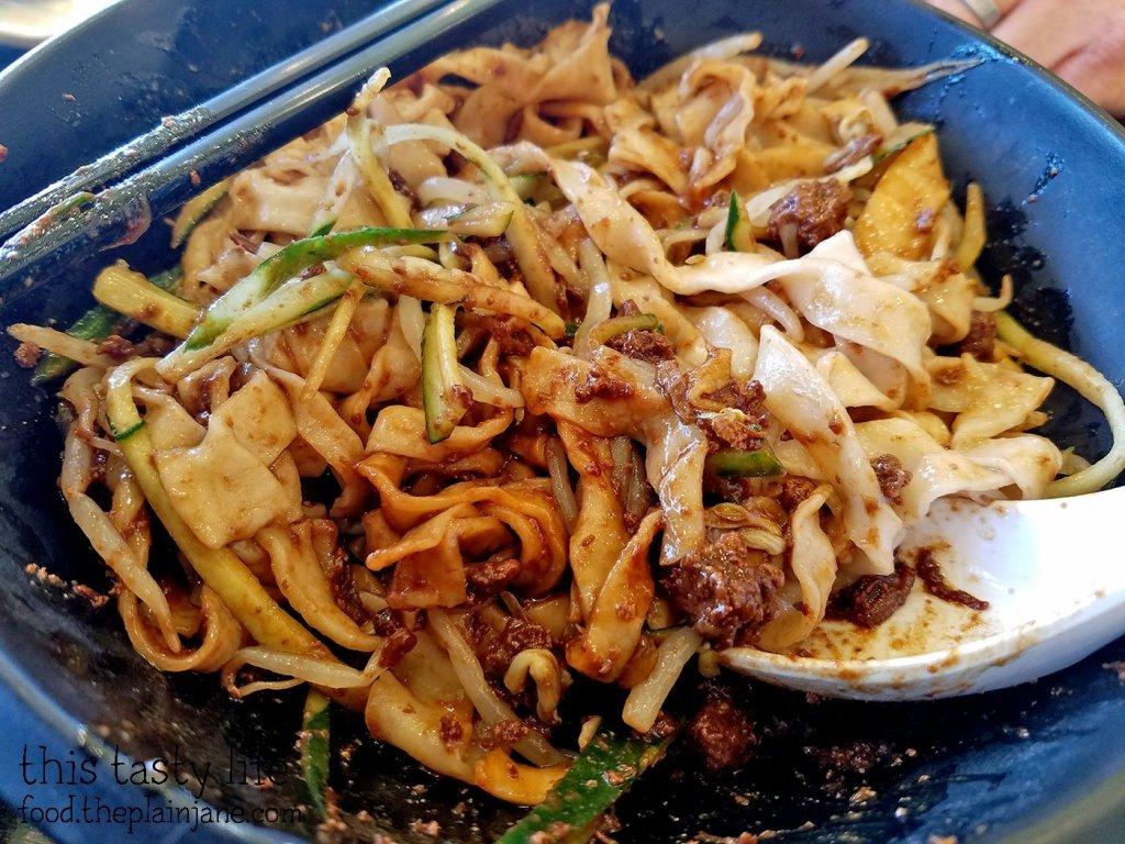 Mixed Pork Noodles at A&J Restaurant | Irvine, CA