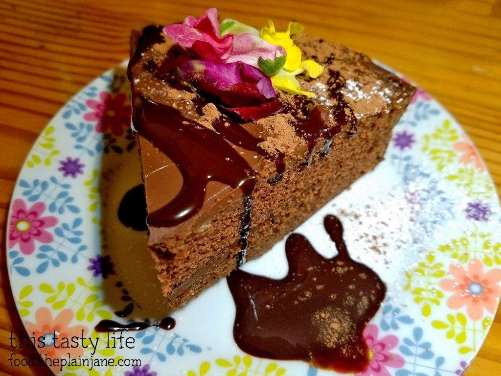 Chocolate Cake - Kafe Sobaka Restoran Pomegranate - San Diego, CA