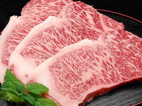 松坂牛にテンションMax! 絶妙割り下で作るすき焼きレシピ!