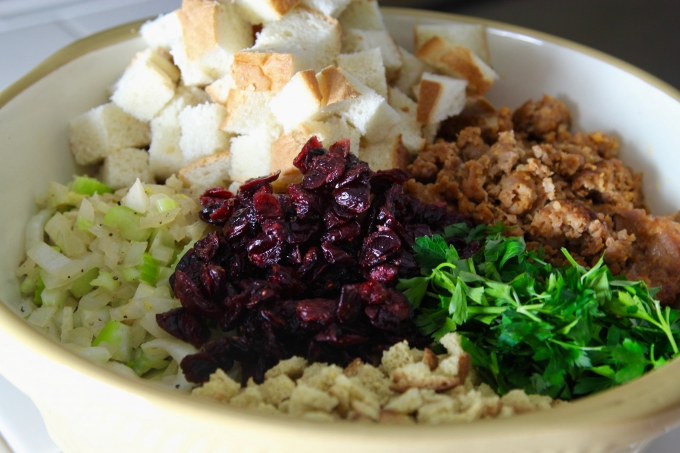 Ingredients-for-Sausage-Stuffing-ready-to-mix-and-bake-680x453