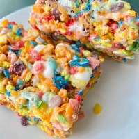 Fruity Rainbow Cereal Treats | Rice Krispie Treats | Fruity Pebbles Treats | Cocoa Pebbles Treats